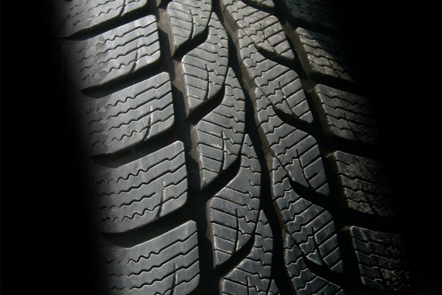 cuando cambiar los neumáticos de nuestro vehículo